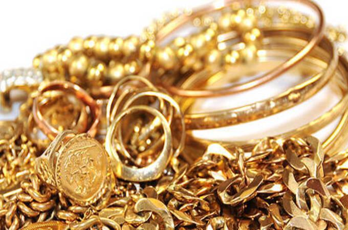 Gold price update : काय सांगता! सोने ४५ हजारांच्या खाली येणार?