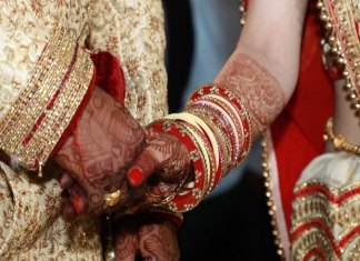 Man in Karnataka ties knot with two sisters at the same time