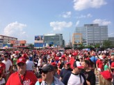 Line for Jayson Werth Garden Gnome (Picture by Paul Fritschner)