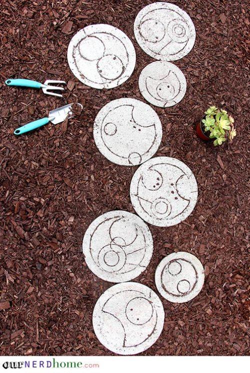 Garden Ideas Nerd Garden Doctor Who Stepping Stones Gallifrey Gallifreyan Concrete Doctor Tardis