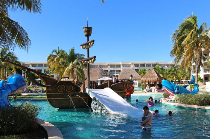 A kid-friendly all-inclusive adults will love too, right in Playa del Carmen, Mexico. #rivieramaya #mexico #familytravel // Family Travel | Travel with Kids | Riviera Maya | Mexico Beach Vacation | Family Trip Ideas | Warm Weather Destinations | Family Resorts | Family Hotels | Family Friendly | Kids Club | Baby Club | Best All Inclusives