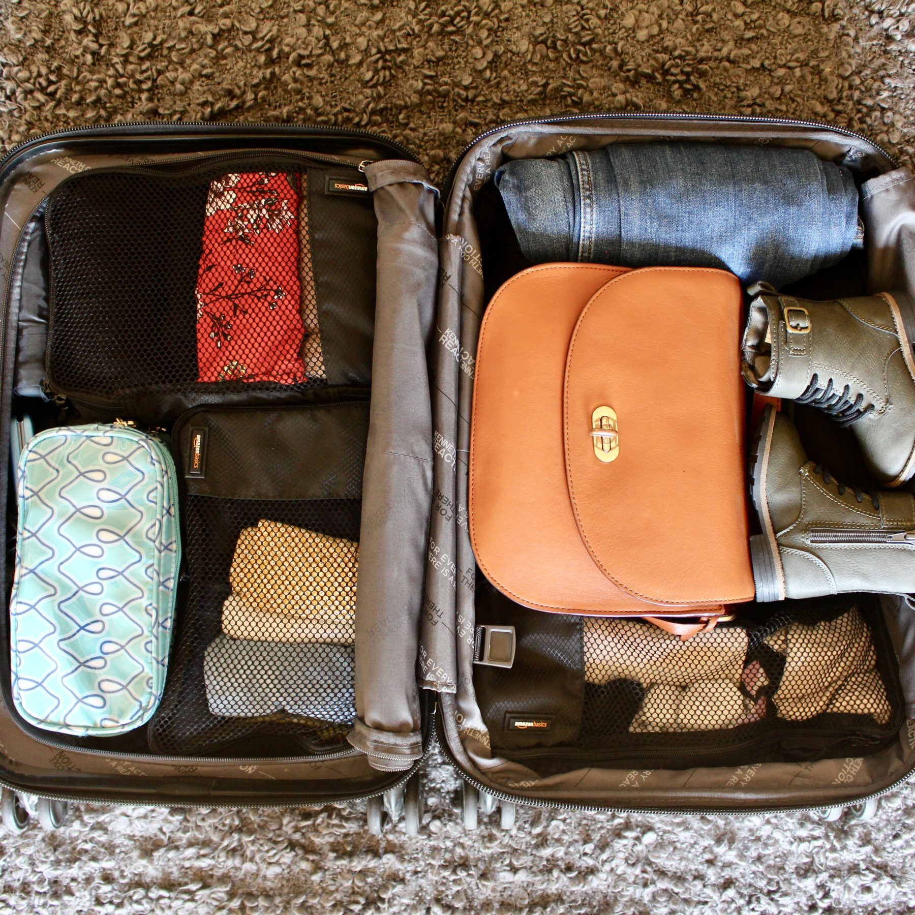 How to Pack Lightly for a Family Vacation