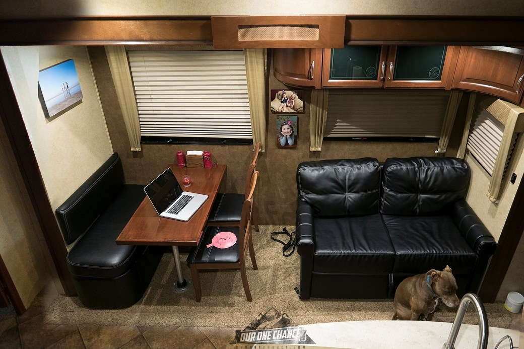 Bay Hill Fifth Wheel RV Living Room Remodel_0011