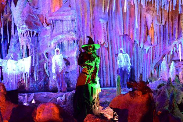 Knotts Scary Farm Kids Calico Mine Halloween