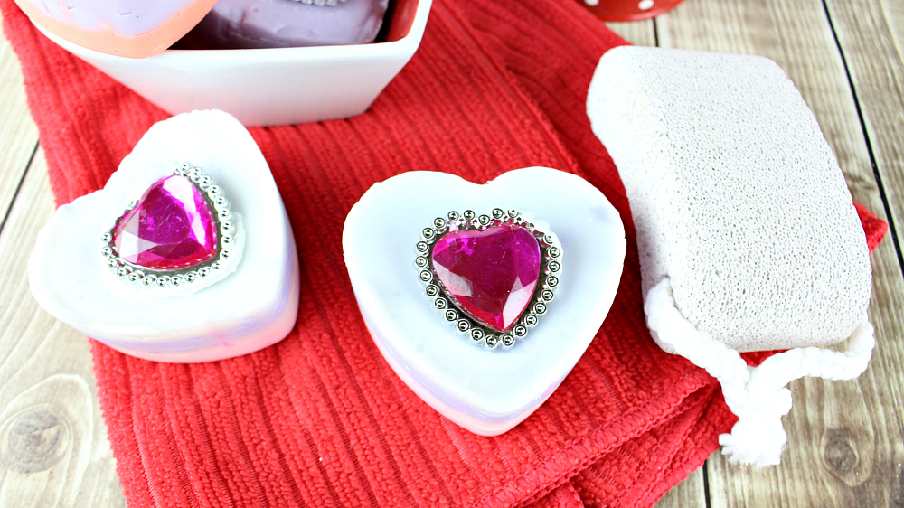 DIY valentine soap with bling
