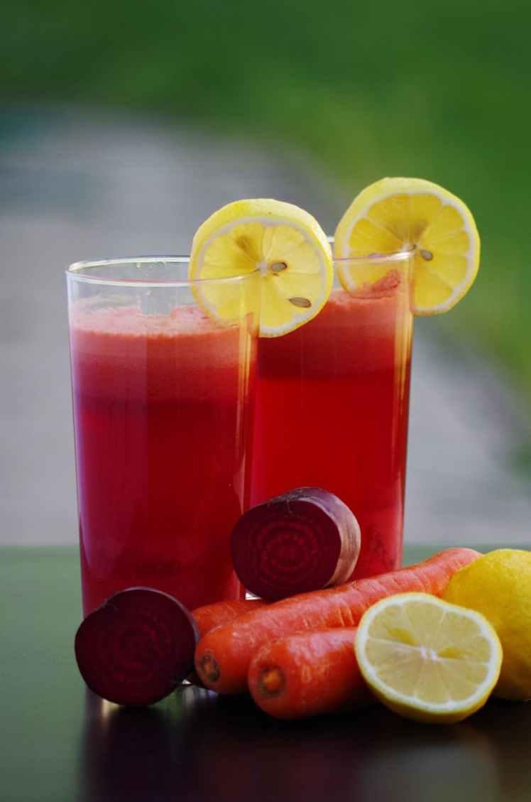 alcohol berry beverage citrus