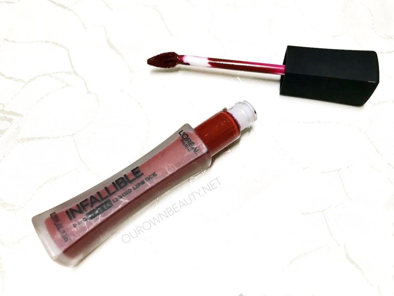 review swatch son kem lỳ l'oreal infaillible pro matte liquid lipstick màu stirred
