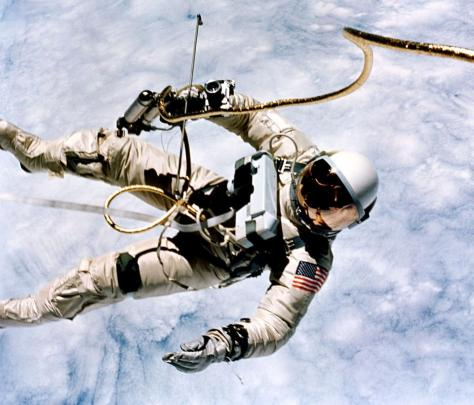 Spacewalking (03)