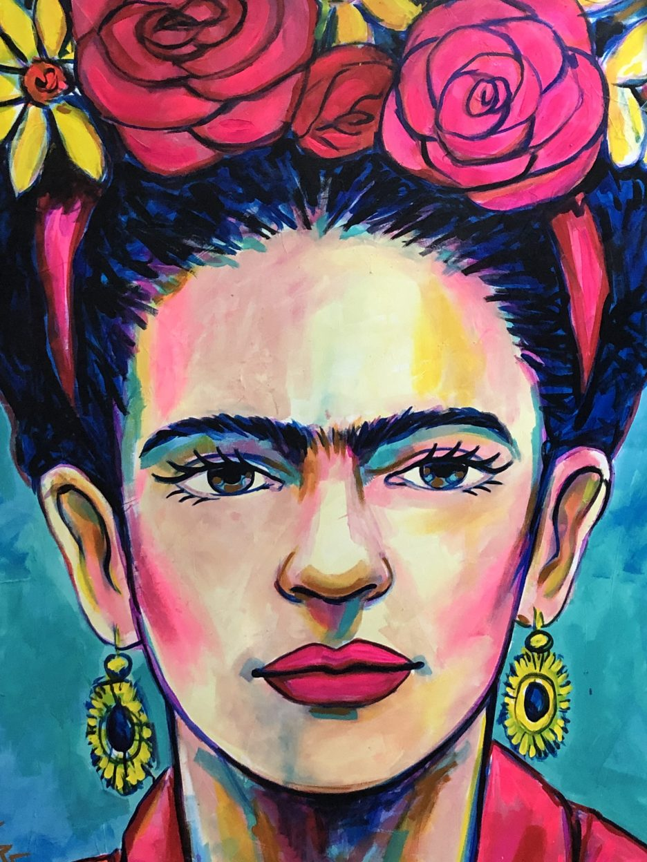 I love all the Frida art