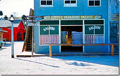 Florida Wonderland - Miss Kitty's Pleasure Palace