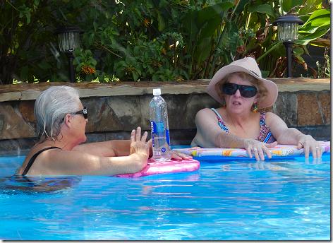 Jan and Linda in Pool