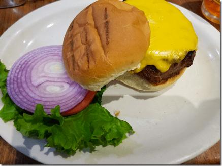 Junior's Steak Cheeseburger
