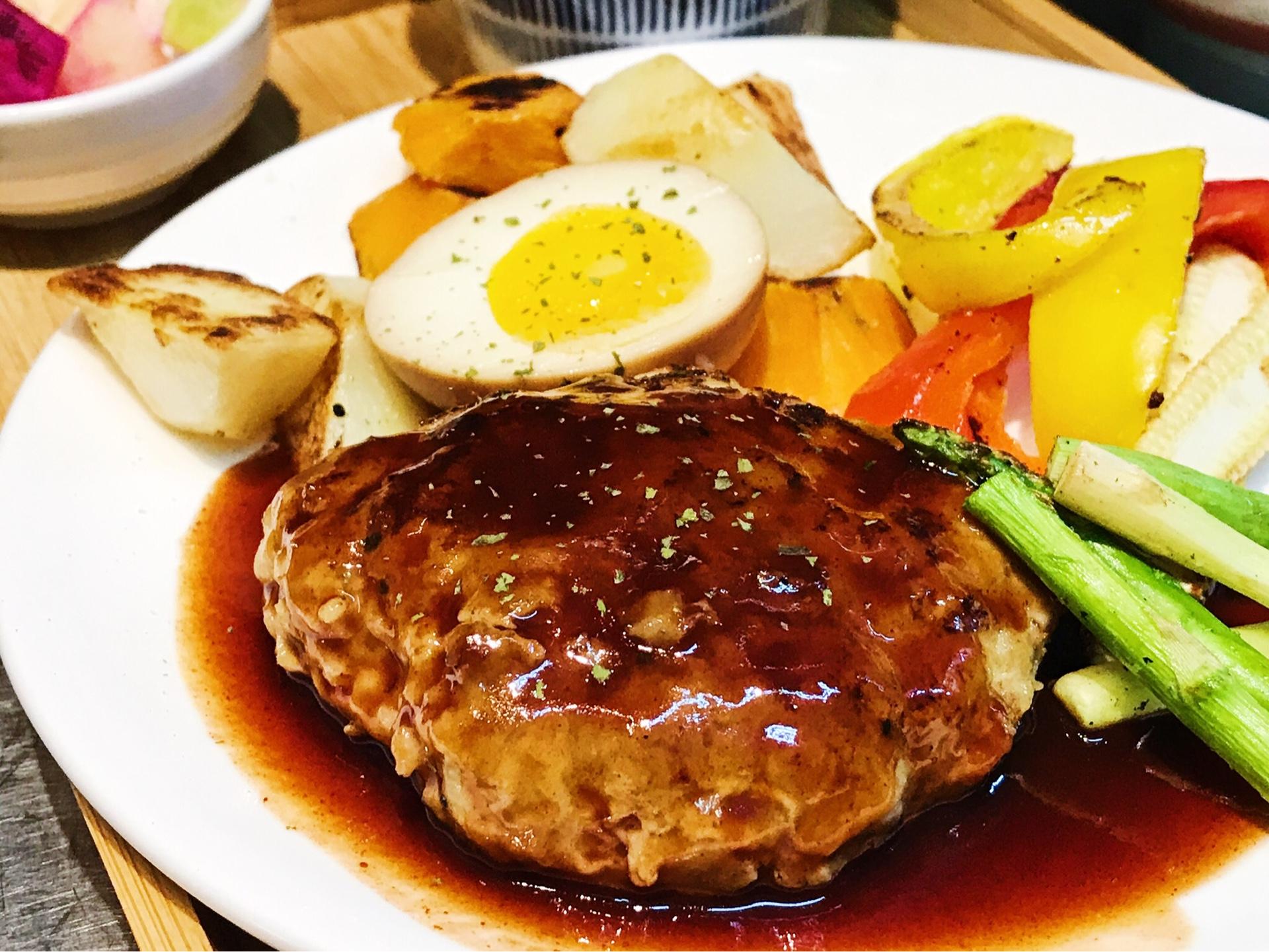 日式手作豬肉漢堡排飯