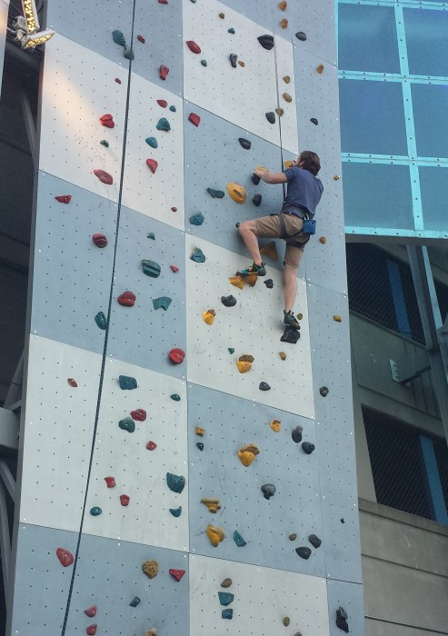 Outdoor climbing wall High Point Climbing Chattanooga