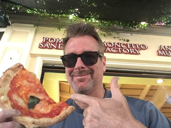 thumbnail_pizza in Pompeii