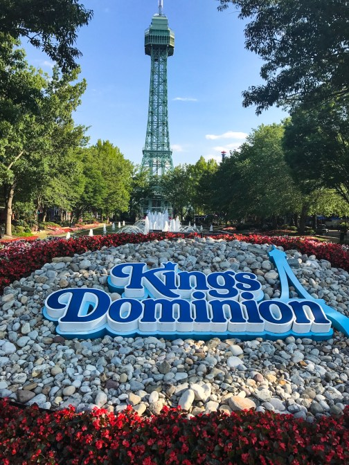 the best and our favorite rides - Kings Dominion Christmas