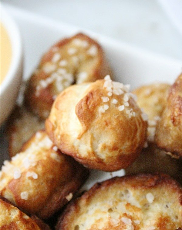 Soft Pretzel Bites with Cheddar Cheese Dip from Table for Seven