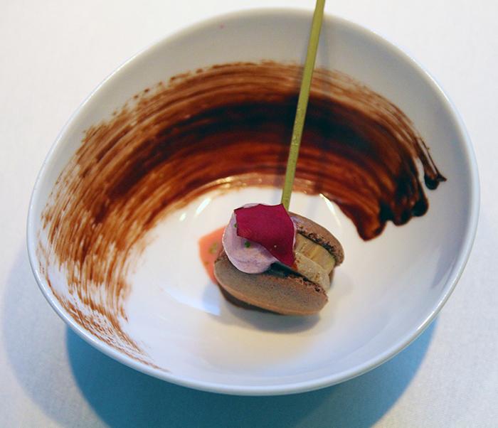 Foie Gras macaron DN Innovacion Taipei Taiwan