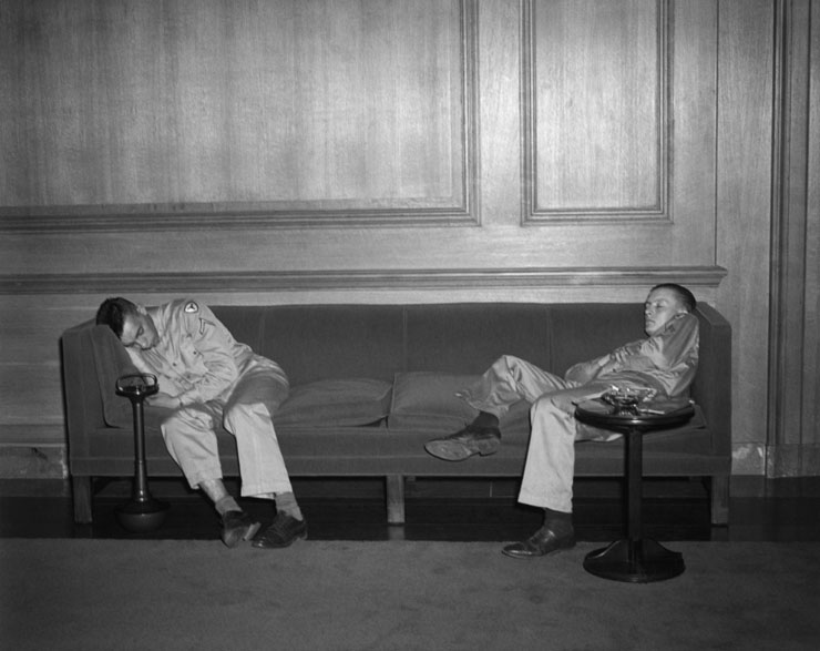 US servicemen sleeping at the National Gallery of Art