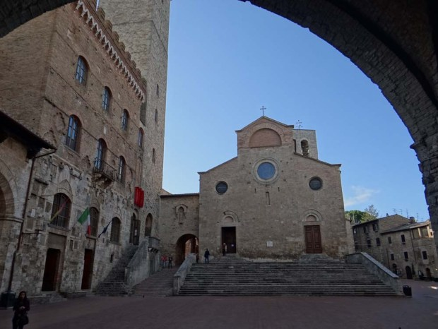 Bathed In Sun In The Town Of Fine Towers San Gimignano