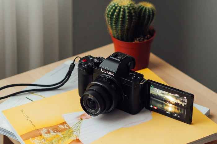 Vlog 拍攝可以這樣輕便,一機一鏡隨走隨拍:Panasonic LUMIX G100