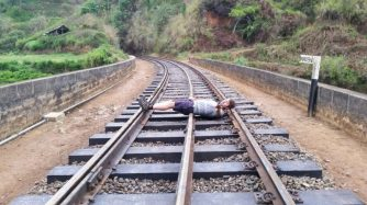 Railway Kandy to Ella - Our Travel Experience
