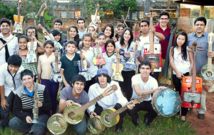 upcycling_musical_instruments