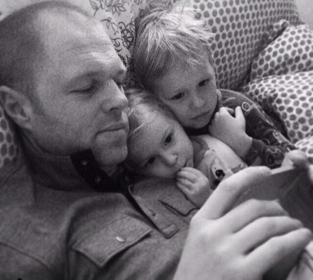 Photographer Jeff Kathrein with his two children