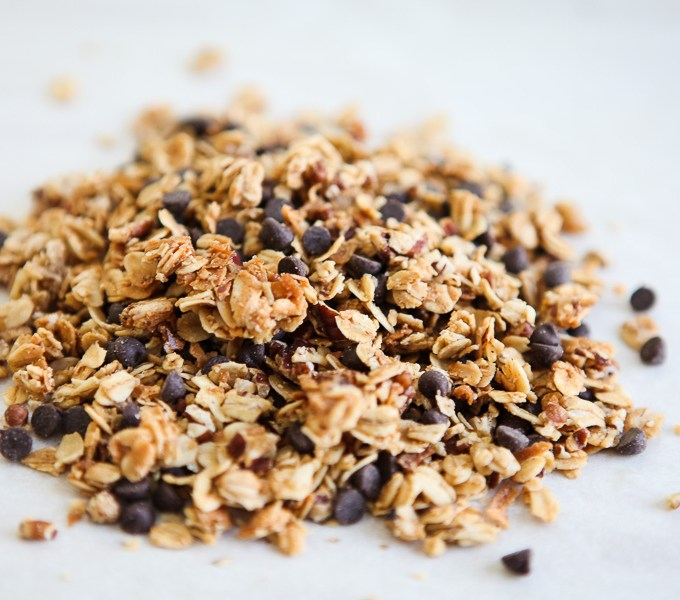 Easy Maple Granola