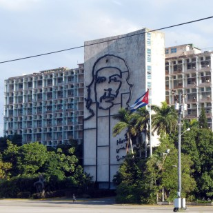 Opposite the Marti memorial is the famous Che Guevara image on the Ministry of the Interior.