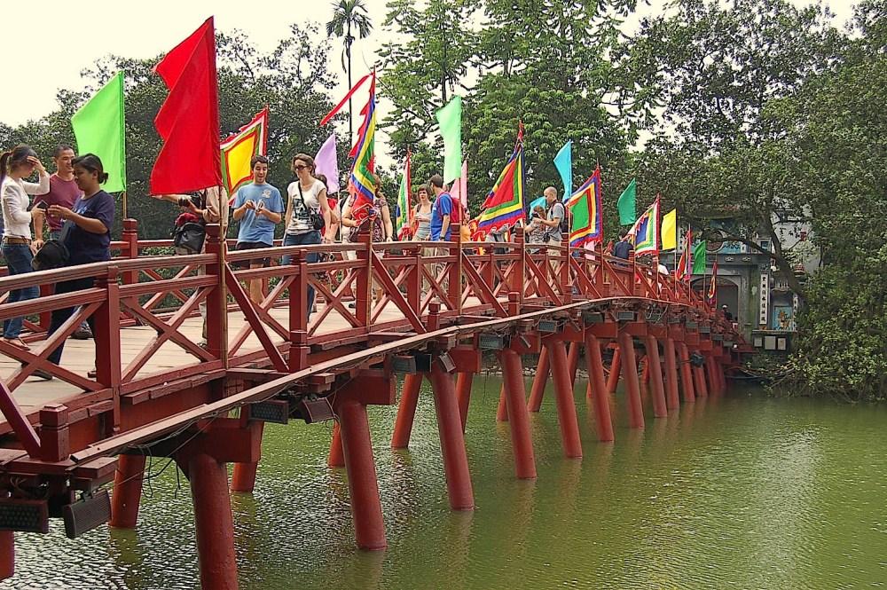 Travel Theme: Bridges (1/6)