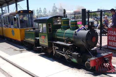 Semaphore foreshore train ride