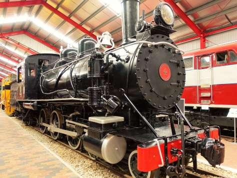 Train 4 to Iron Knob