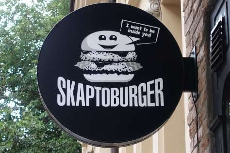 Who won the best burger award in Sofia?