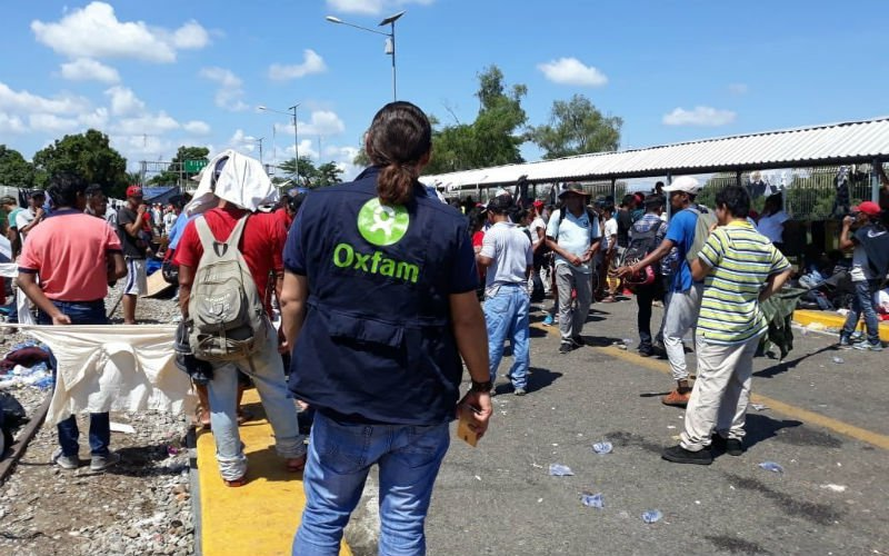 oxfam helping people in