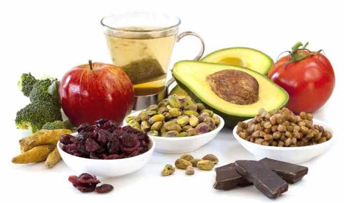 25-healthy-foods-medley-16314809