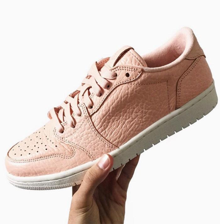 jordan-1-low-swooshless-pink
