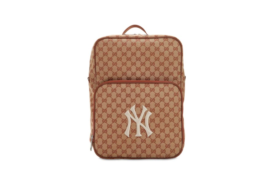 4add10b4e61f03 After releasing a luxury edition of the New York Yankees signature logo cap  with Gucci. Gucci returns to the popular MLB patch for its new GG Supreme  ...