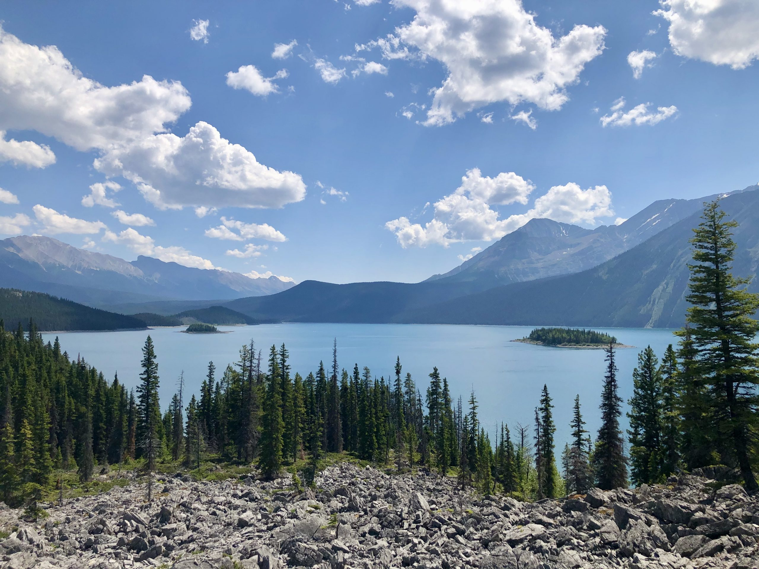 The Scenic Upper Kananaskis Lake Hike in Alberta via @outandacross