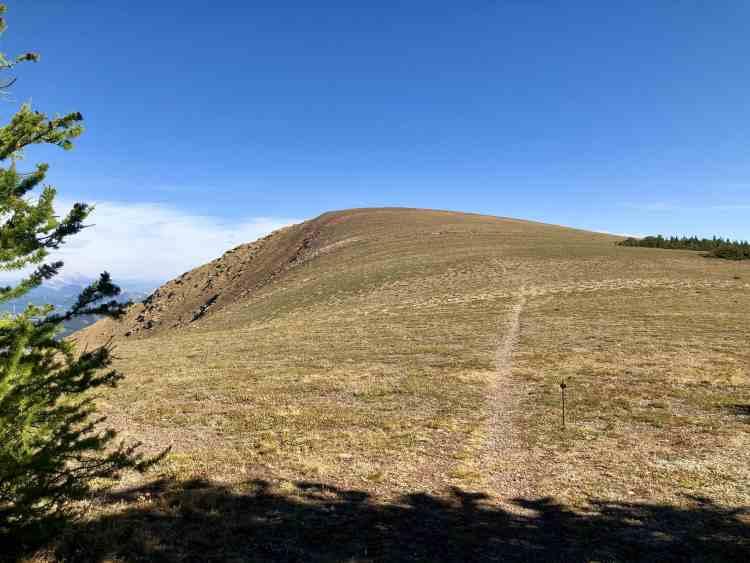 Table Mountain hike true summit in Alberta
