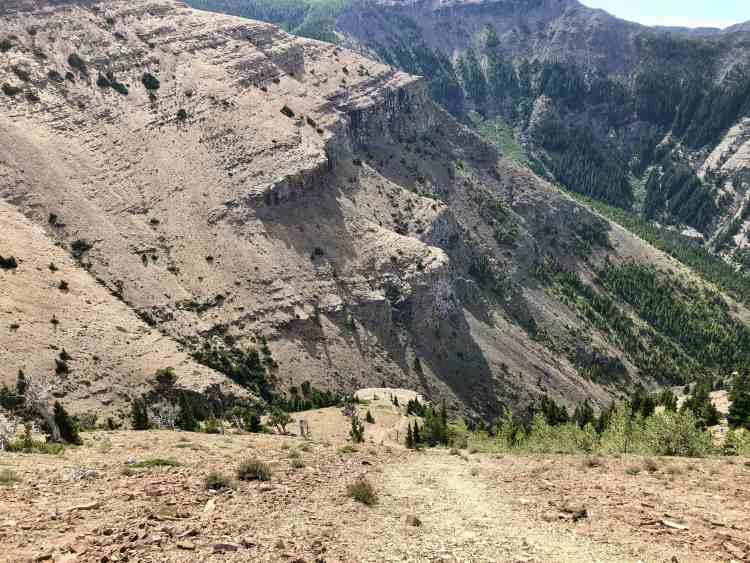 Steep Table Mountain hike in Alberta