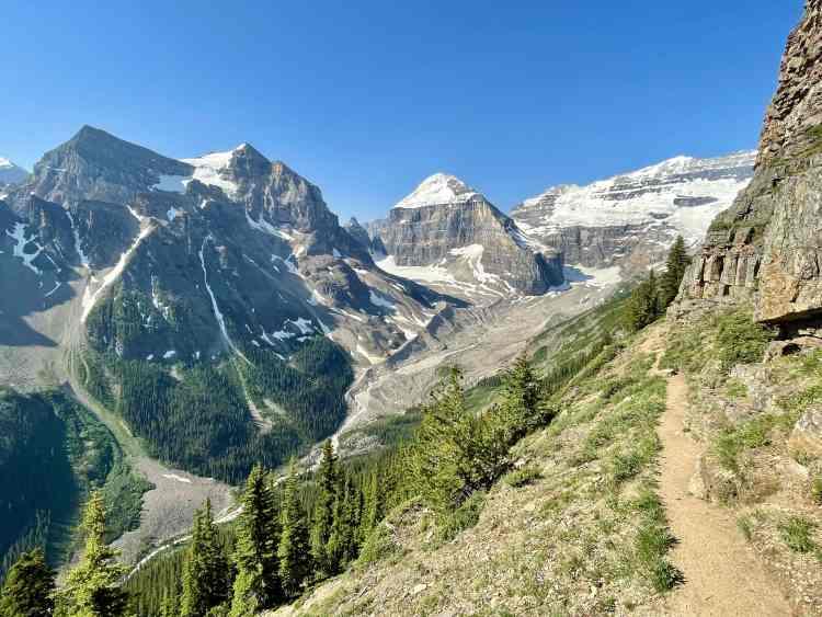 Devil's Thumb hike views
