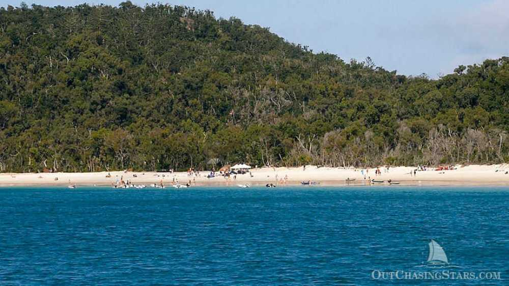 A cruiser's party at Whitehaven Beach on the Whitsundays. Dingies are everywhere!