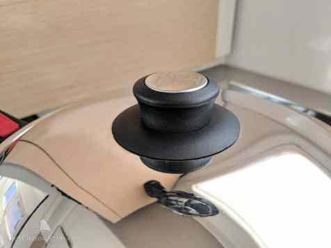 New lid knob.
