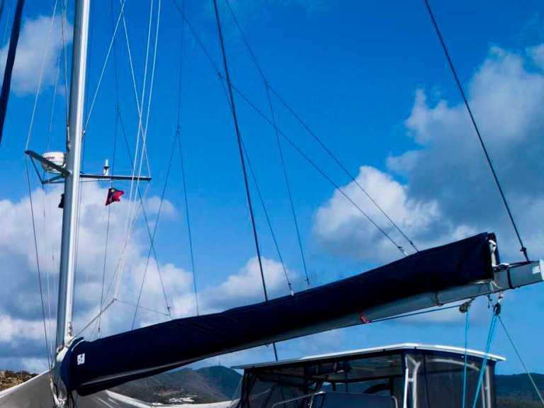 Lazy Jacks for Your Sailboat: Tips & Tricks