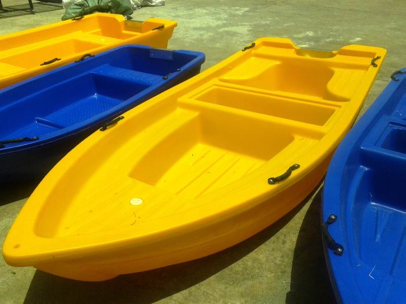 6 person Polyethylene Plastic Boat
