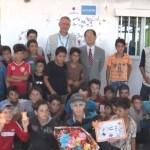 ヨルダン:柳 秀直 駐ヨルダン特命全権大使、アズラク難民キャンプを訪問/UNICEF東京事務所