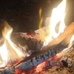 キャンプ場から焚き火生配信