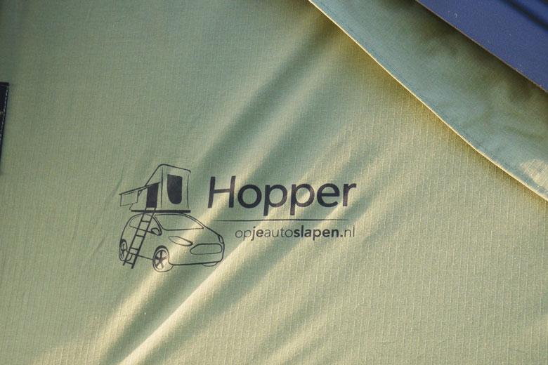 Het doek is gemaakt van mix van 280 grams ripstop 70% polyester en 30% katoen.
