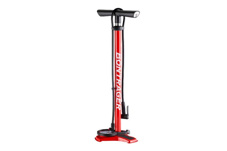 De Bontrager Dual Charger Pump is een vloerpomp racefiets- en mountainbikebanden.
